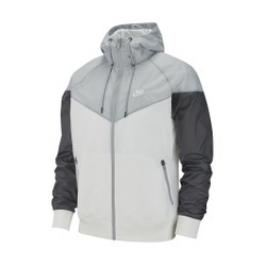 Review Veste coupe-vent Windrunner